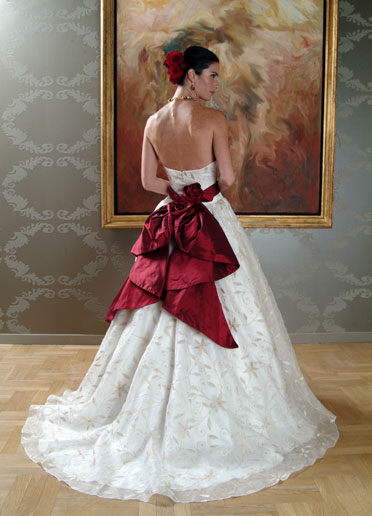 Wedding dresses london bridal shops london bridal for Wedding dress shops richmond va
